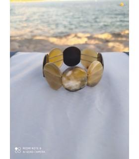 Bracelet en corne n°3